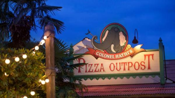 Le Colonel Hathi's Pizza Outpost