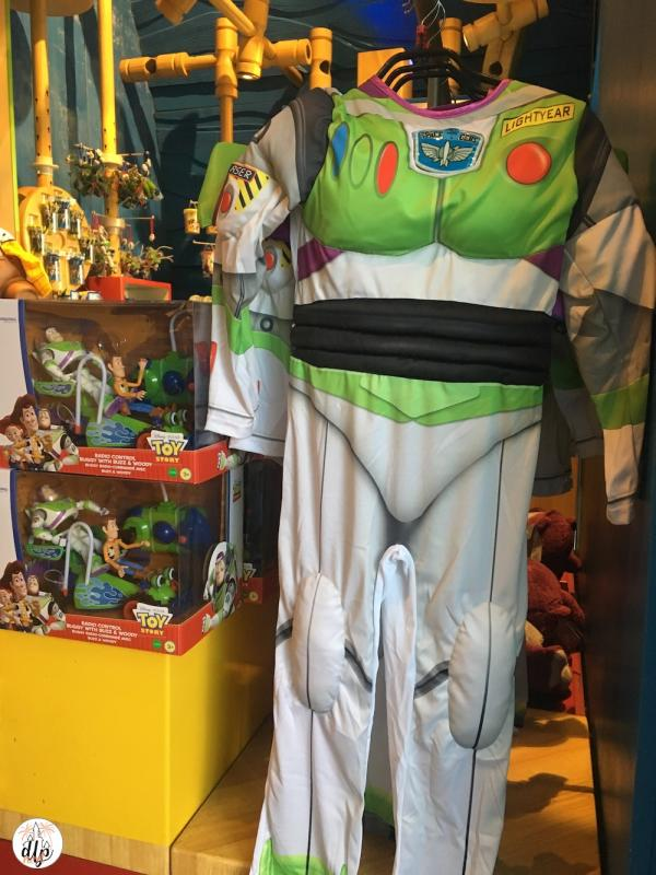 Shopping toy Story