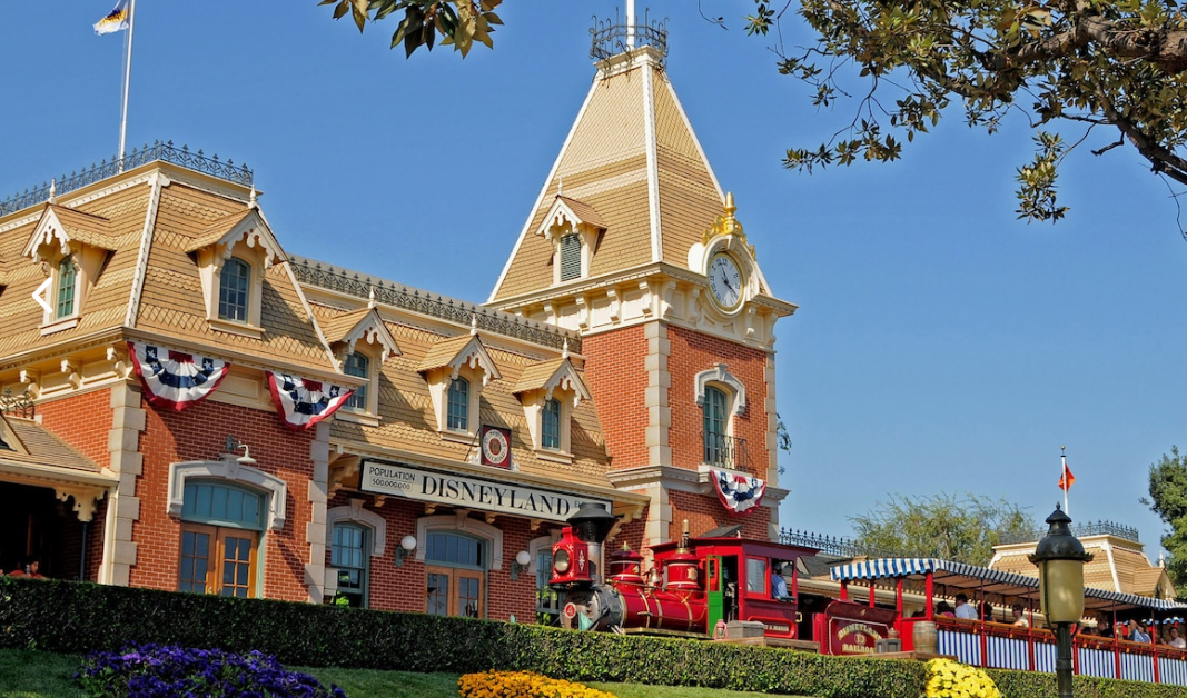 Disneyland Railroad Les trains de Walt