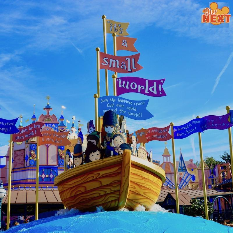 It s small world disneyland paris