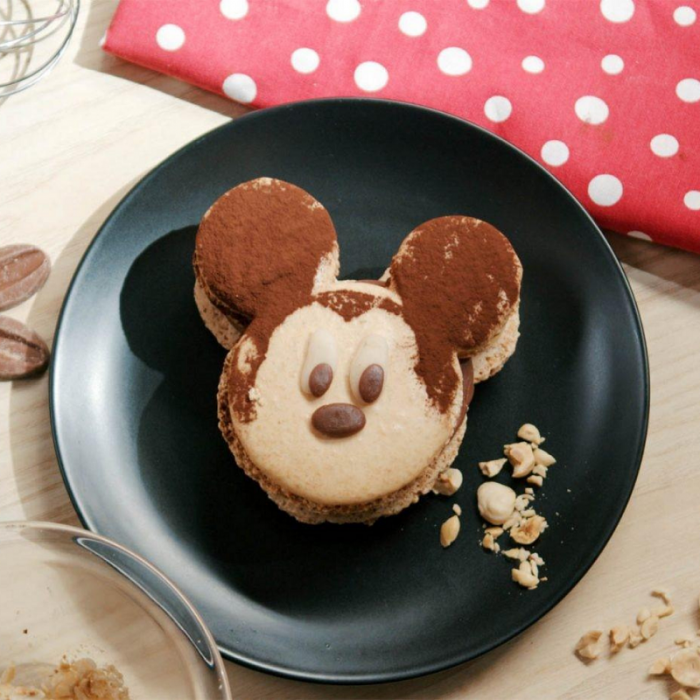 Miniature mickey macarons