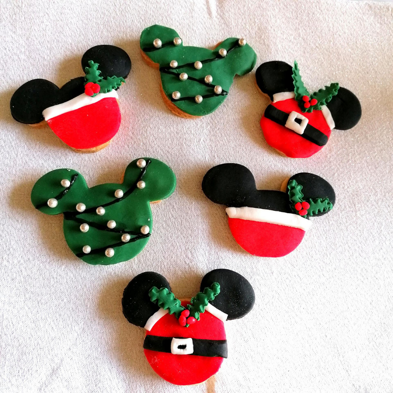 Miniature sables mickey noel
