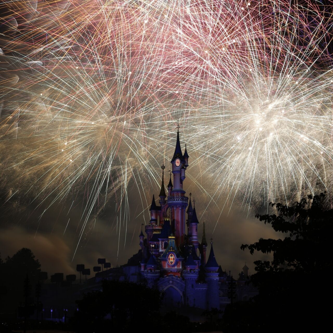 Soire e nouvel an 2020 a disneyland paris le re ve illon disney 2019