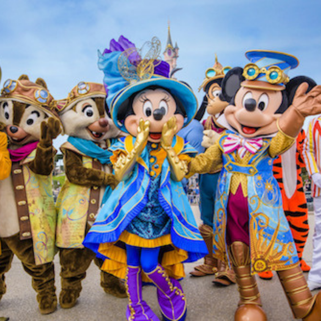 Soire e pass annuel disney characters night disneyland paris
